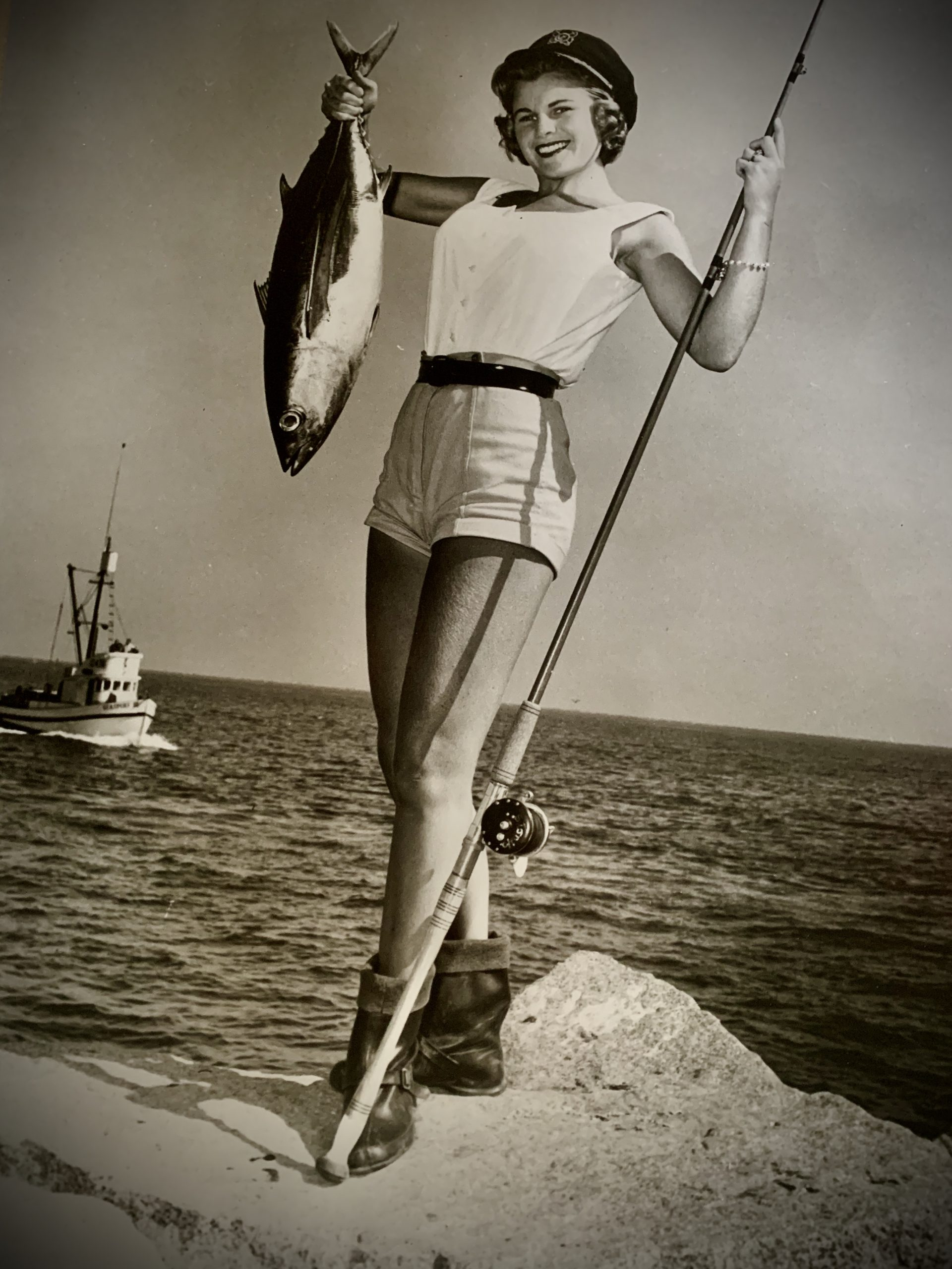 The_History_Of_Sportfishing_gal with fish