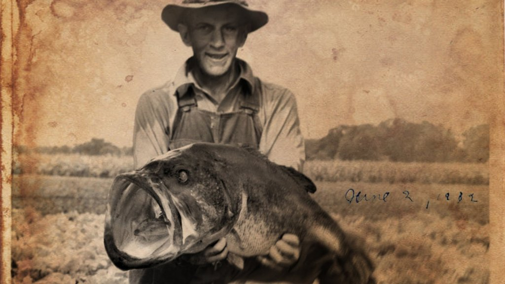 biggest_largemouth_bass_ever_caught_1024x1024